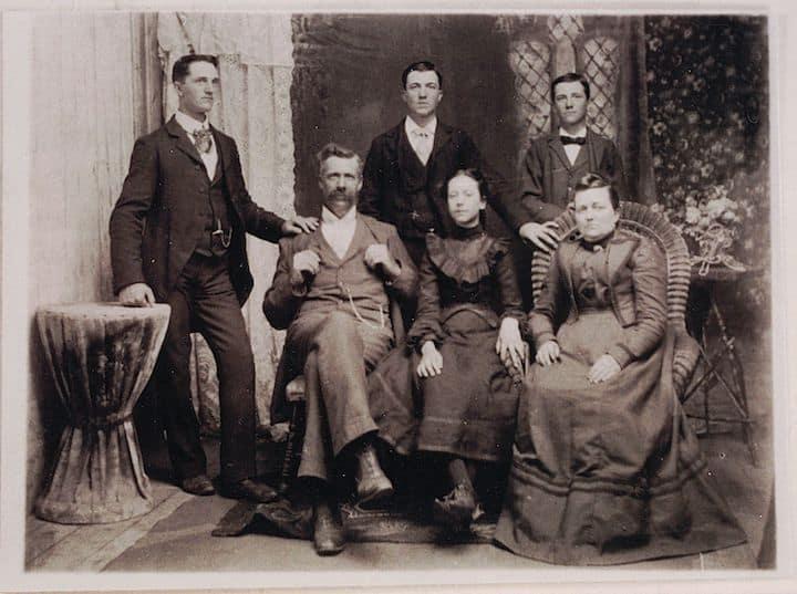 Photo ancienne de la famille d'Eugène Charland