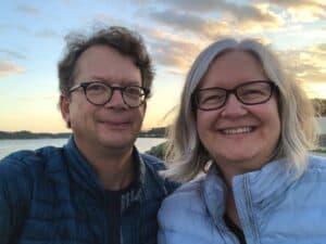 Michel Gérin et Julie Charland devant le fleuve St-Laurent